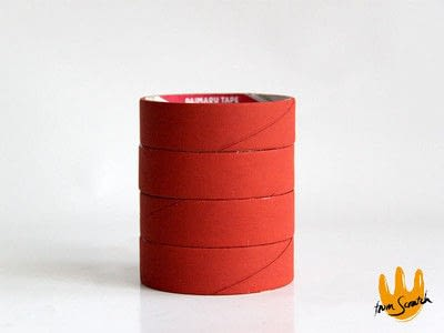 How to make a pot. Roll Tape Brick Well  - Step 3