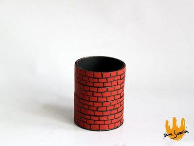 How to make a pot. Roll Tape Brick Well  - Step 5