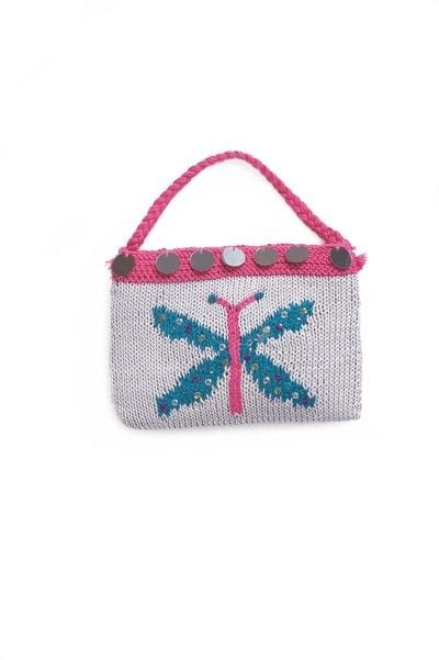 How to stitch a knit or crochet bag. Knitted Butterfly Bag - Step 3