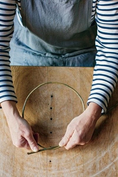 How to make a branch & twig wreath. Willow Wreath - Step 2