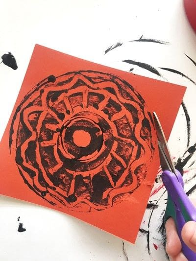 How to paint a painting. Monoprint Mandalas - Step 4