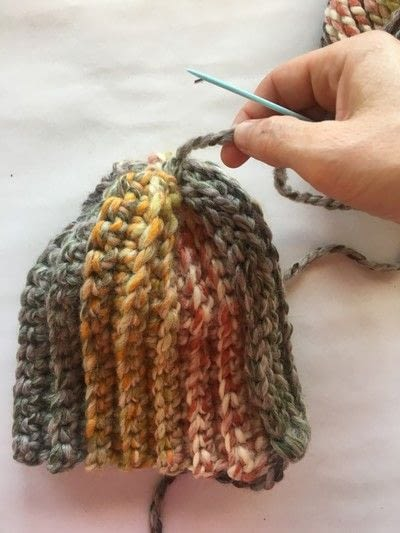 How to make a pumpkin plushie. Crocheted Pumpkins - Step 4
