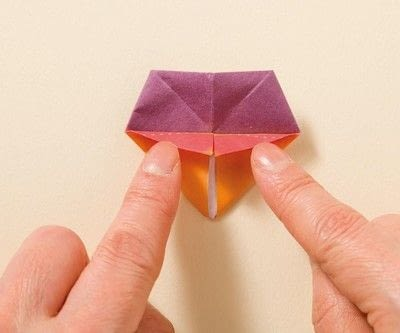 How to fold an origami animal. Origami Sea Anemone - Step 13