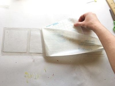 How to make a placemat. Coasters and Placemats From Recycled Papers - Step 4