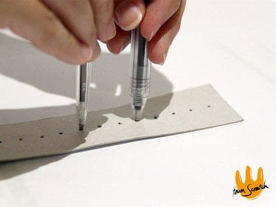 How to make a pens & pencils. Instant Compass Ruler - Step 3