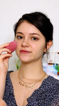 How to create a pink eye makeup look. Pink Summer Meets Red Glamour - Step 1