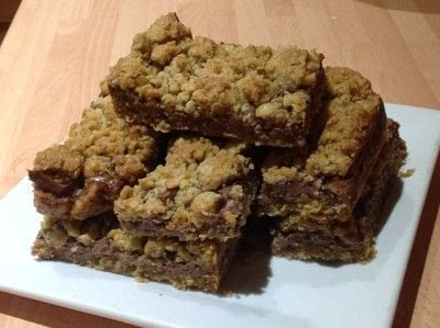 How to bake an oat bar. Nutella Oat Bars - Step 10