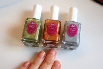 How to paint a stripy nail. Candy Corn Nails - Step 1