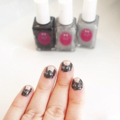 How to paint an animal nail. Black Cat Manicure - Step 7