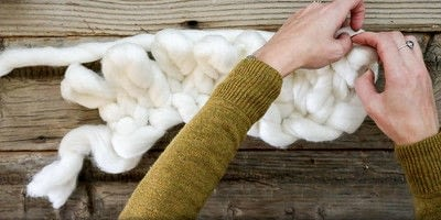 How to stitch a knit or crochet blanket. Chunky Knit Blanket - Step 5
