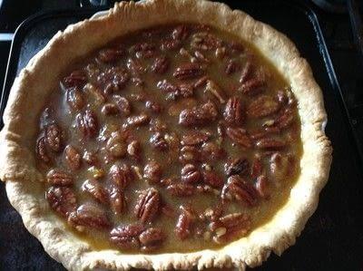 How to bake a pecan pie. Pecan Pie - Step 4