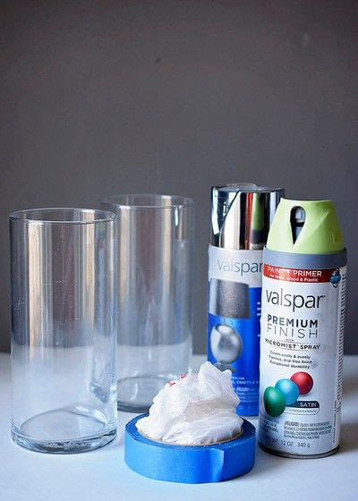 How to make a vase. Easy Diy, Spray Painted, Dollar Store Vase - Step 1