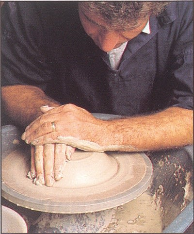 How to make a techniques. Throwing Pottery - Step 2