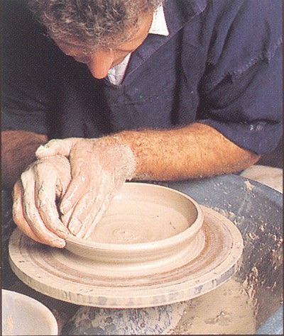 How to make a techniques. Throwing Pottery - Step 4