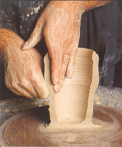 How to make a techniques. Throwing Pottery - Step 9