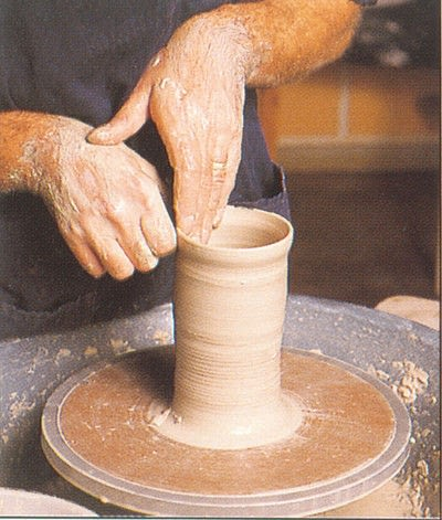 How to make a techniques. Throwing Pottery - Step 10