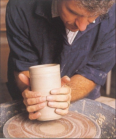 How to make a techniques. Throwing Pottery - Step 15