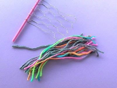 How to make a yarn wall hanging. Mini Wall Hangings - Step 2
