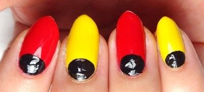 How to paint a character nail. Marvelous Mickey - Step 2
