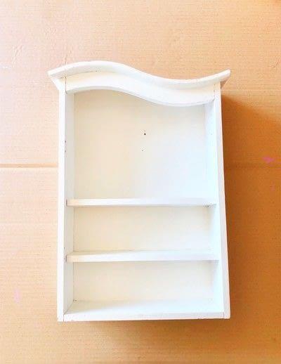 How to make a wall shelf. Thrift Store Shelf Makeover - Step 1