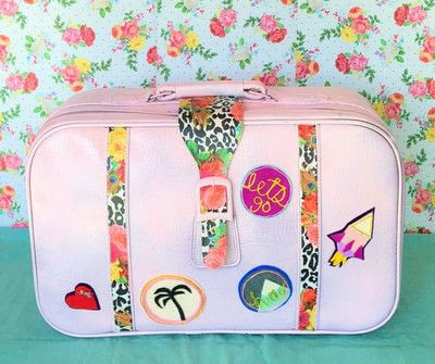 How to make a suitcase / trunk. Thrift Store Suitcase Makeover - Step 7