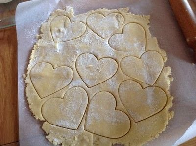How to make decorative cookies. Valentines Heart Cookies  - Step 4