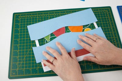 How to cut a piece of papercutting. Basking Balloons - Step 10