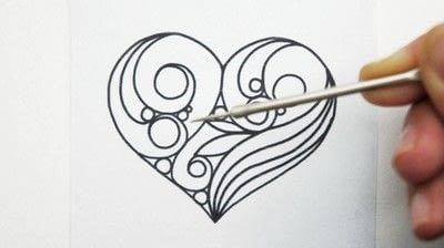 How to make a papercraft. Creating A Quilled Outline - Step 1