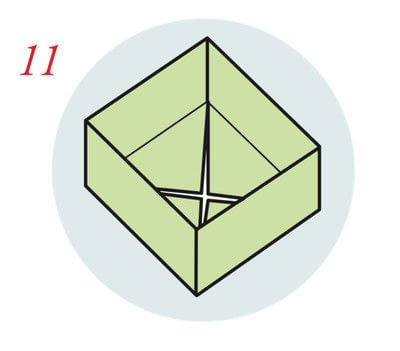 How to fold an origami box. The Traditional Masu Box - Step 10