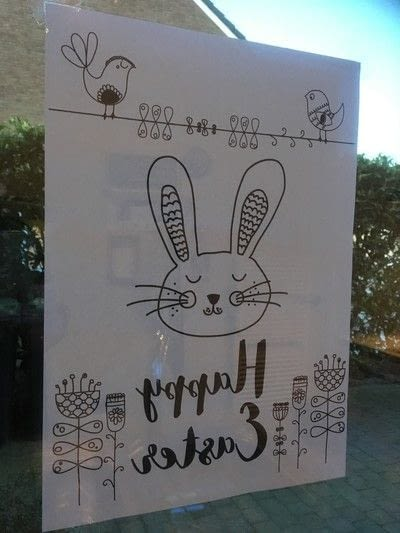 How to make a window decoration. Easter window drawing - Step 1