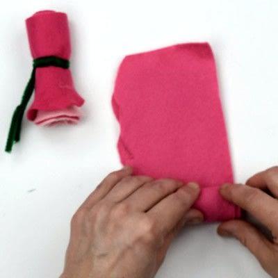 How to make a piece of paper art. Felt Flower Arrangement - Step 3