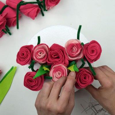 How to make a piece of paper art. Felt Flower Arrangement - Step 5
