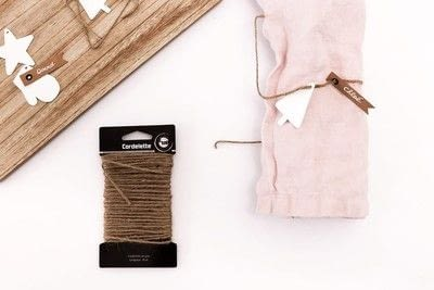 How to make a napkin / napkin ring. Napkin Ring With Shrinking Plastic - Step 5
