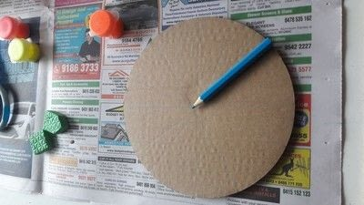 How to make a piece of paper art. Diy Colourful Clock To Introduce Toddlers And Preschoolers To The Concept Of Time Telling - Step 1