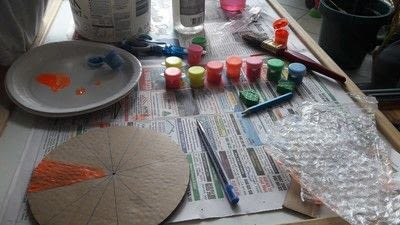 How to make a piece of paper art. Diy Colourful Clock To Introduce Toddlers And Preschoolers To The Concept Of Time Telling - Step 3