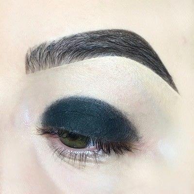 How to create a smokey eye. Warm Smoky Eye Tutorial - Step 1