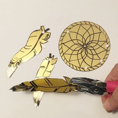 How to make a piece of paper art. Shrink Plastic Dreamcatcher - Step 3