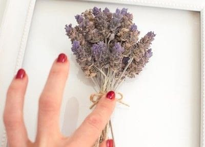 How to make a framed decoration. 10 Minute Diy Provincial Dried Lavender Frame - Step 5