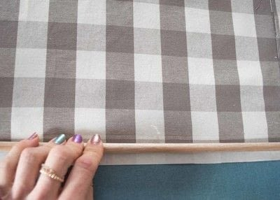 How to make a curtain/blinds. Quick & Easy No Sew Cafe Curtains - Step 6