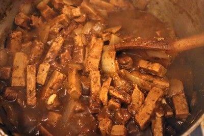 How to  bake a meat pie. Vegetarian Steak & Ale Pie - Step 10