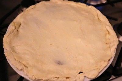 How to  bake a meat pie. Vegetarian Steak & Ale Pie - Step 15
