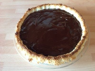 How to bake a chocolate pie. Chocolate Macaroon Pie - Step 5