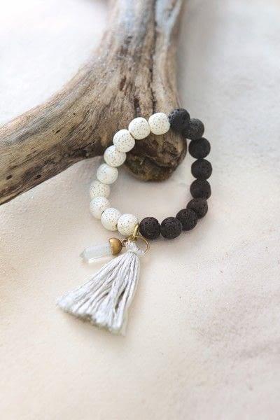 How to bead a stone bracelet. Color Block Bracelet - Step 7