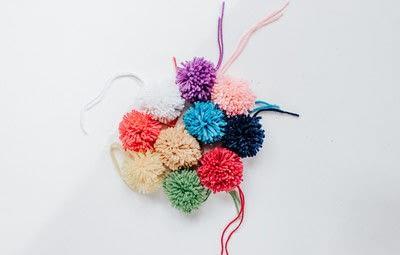How to stitch a knit or crochet basket. Pom Pom Seagrass Basket - Step 2