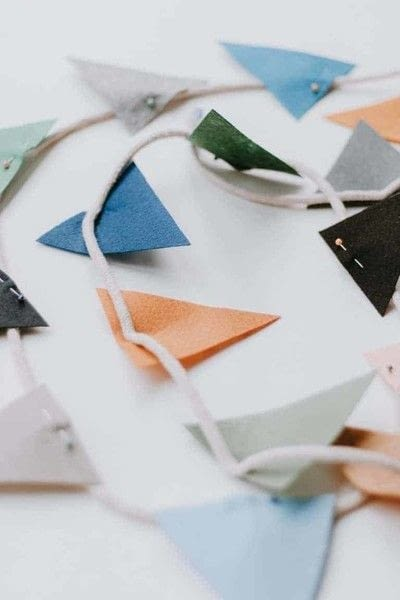How to make bunting. Felt Garland For Kids Rooms - Step 1