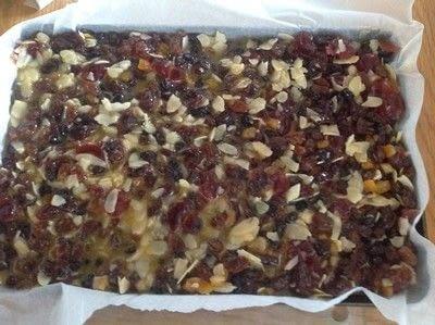 How to bake a bar / slice. Florentine Slice - Step 5
