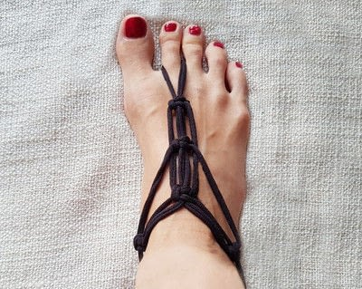 How to make a sandal / flip flop. Barefoot Sandals From T Shirt Yarn - Step 18