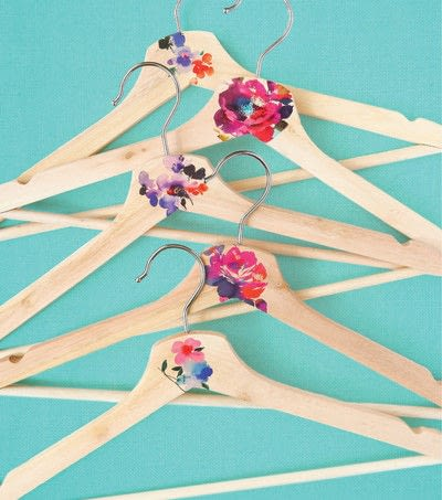 How to make a clothes hanger. Wooden Hanger Makeover - Step 3
