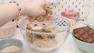 How to bake a shredded wheat cake. Chocolate Nests - Step 3