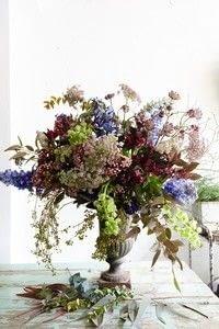 Small 2019 04 24 120824 flowermarket bouquet steps 050